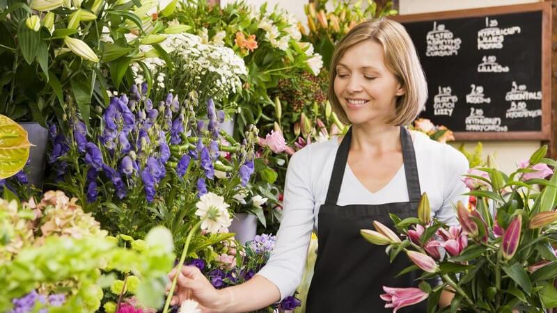 Blumensträuße gibt es zu den unterschiedlichsten Anlässen und in verschiedenen Sorten - bestimmte Pflanzen zählen zu den typischen Schnittblumen