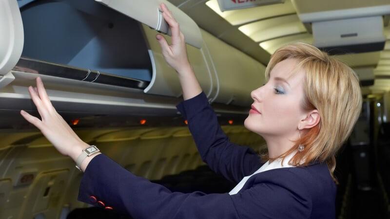 Wir informieren über die Aufgaben und die Ausbildung von Pilot und Co-Pilot, Stewardess und Flugbegleiter, Sicherheitspersonal, technischem Personal und Fluglotse