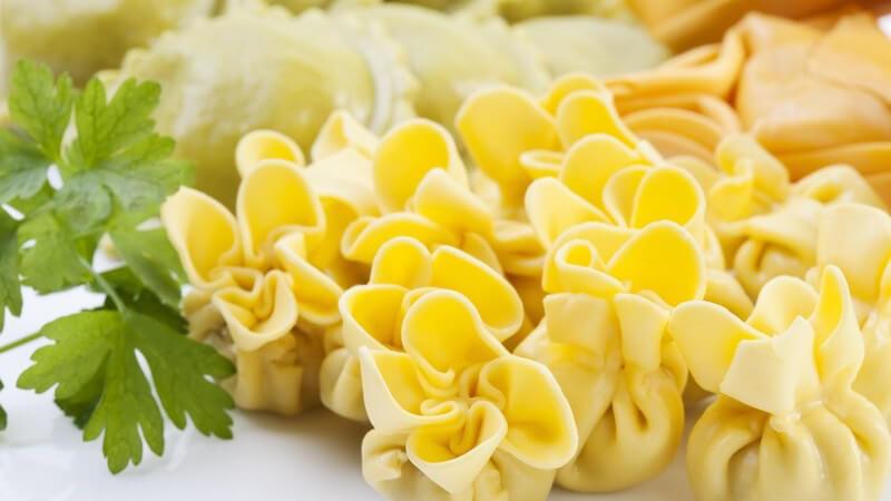Nicht selten kommt es beim Kochen und Co zu kleinen Missgeschicken - in vielen Fällen kann man z.B. missratene Speisen noch retten