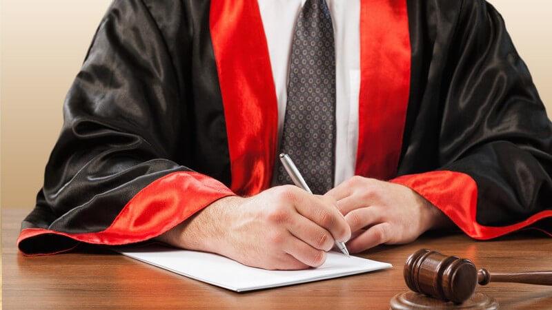 Arbeitsbereiche eines Richters im Strafverfahren