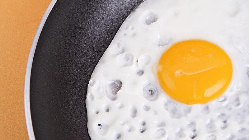 Zu den bekanntesten Gerichten zählen das Spiegel- und das Rührei sowie das Bauernfrühstück