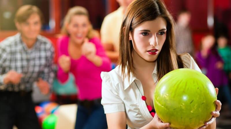 Merkmale von Bowlingkugeln