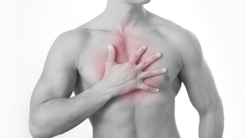 Verletzungen des Brustkorbs sind häufige Auslöser einer Entzündung des Brustmuskels