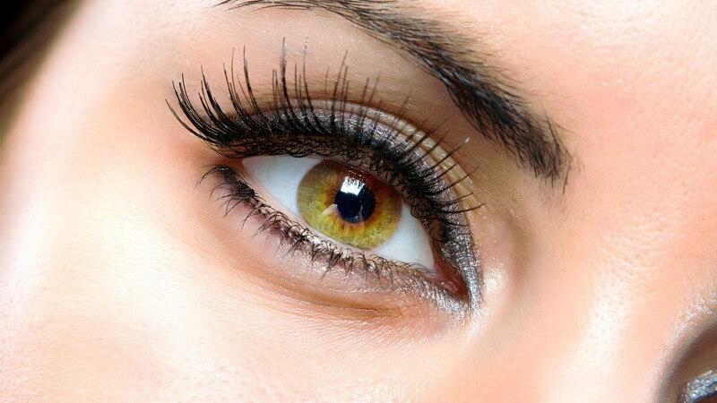 Als andere auge das wie ein schminken kleiner Linkes Auge