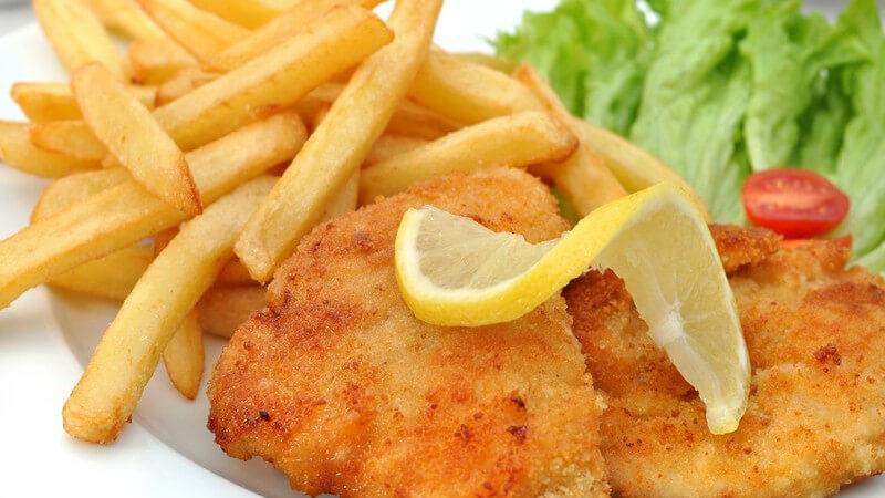 Sowohl bei Fleisch, aber auch bei Fisch, Gemüse und sogar süßen Speisen findet Paniermehl Verwendung - wir zeigen, worauf es dabei ankommt