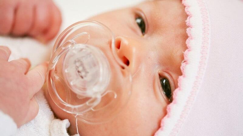 Probleme durch das zusätzliche Füttern per Babyfläschchen