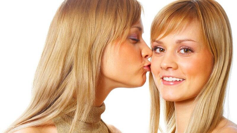 Die Unterschiede zwischen eineiigen und zweieiigen Zwillingen