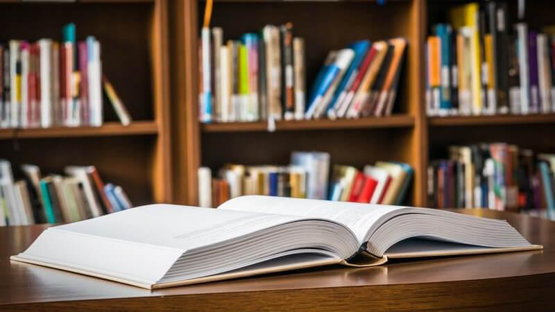 Vom Beutelbuch bis hin zum Taschenbuch - Bücher kommen in unterschiedlichen Arten daher - wir geben einen entsprechenden Überblick