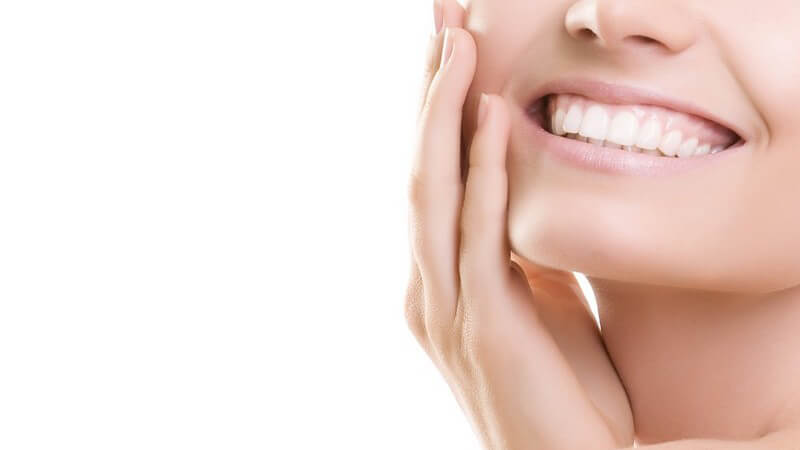 Warum gelten Fluoride als unverzichtbar für die nachhaltige Gesundheit der Zähne und wie wird fluoridiert?