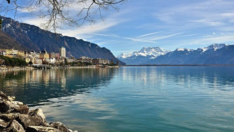 Wissenswertes zu den zehn größten Seen der Erde