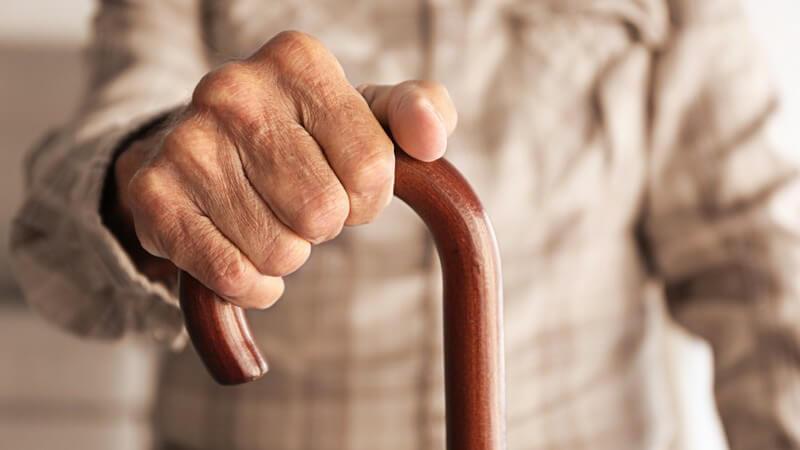 Die Demenzform wird durch Einschlüsse in den Nervenzellen (Lewy-Körperchen) hervorgerufen