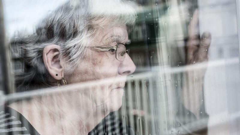 Chronisches organisches Psychosyndrom, das mit dem Verlust kognitiver Fähigkeiten einhergeht