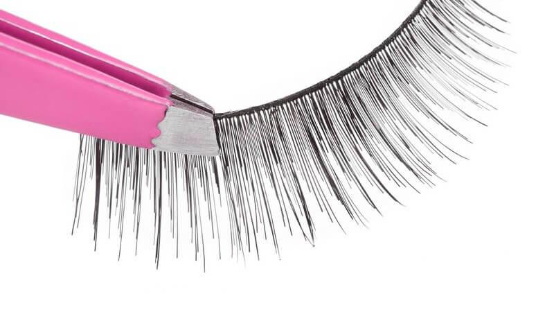 Fake Lashes: Wimpernverlängerung durch falsche Wimpern