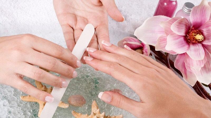 Wissenswertes rund um die Maniküre für professionell gepflegte Hände