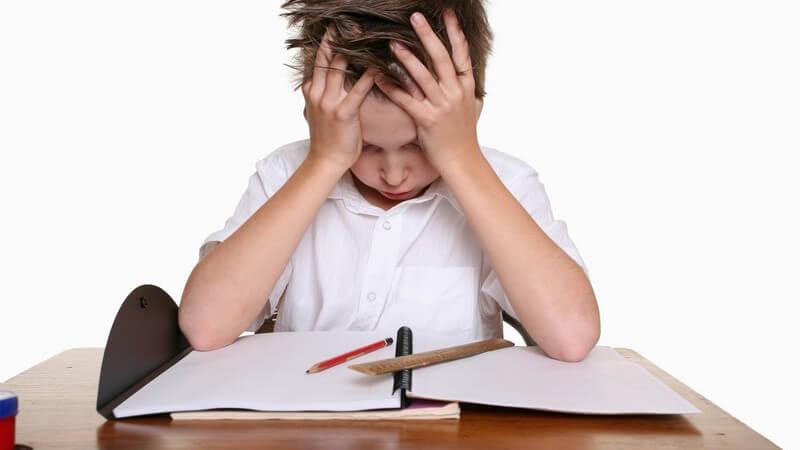 Wissenswertes über kindliche Kopfschmerzen, z.B. Schulkopfschmerzen