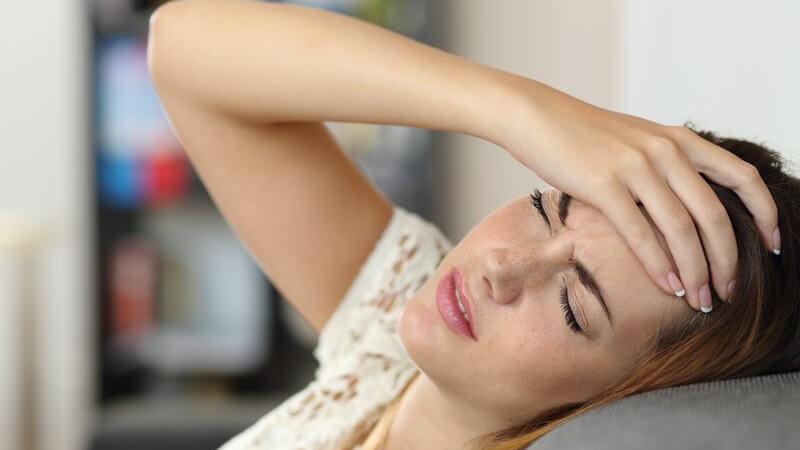 Wann ist von chronischen Kopfschmerzen die Rede?