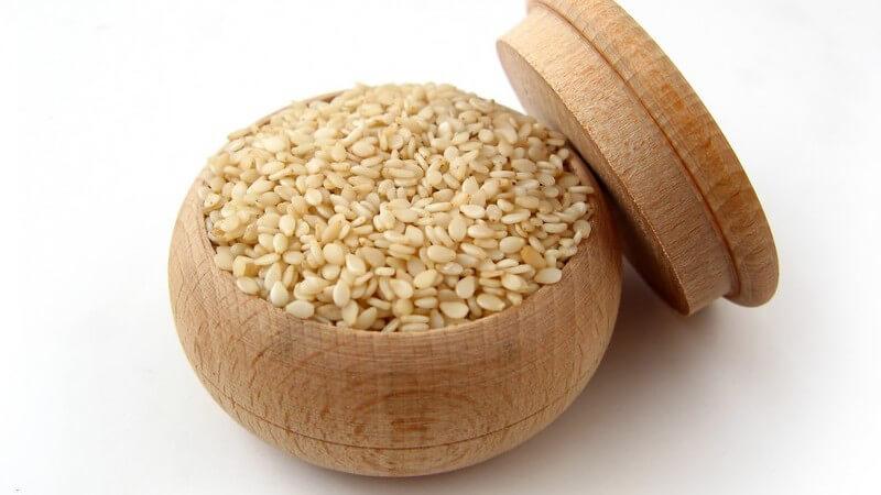 Wirkung und Anwendung von Sesamöl