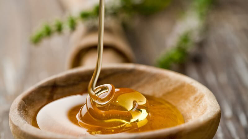 Rum verfeinert mit Honig