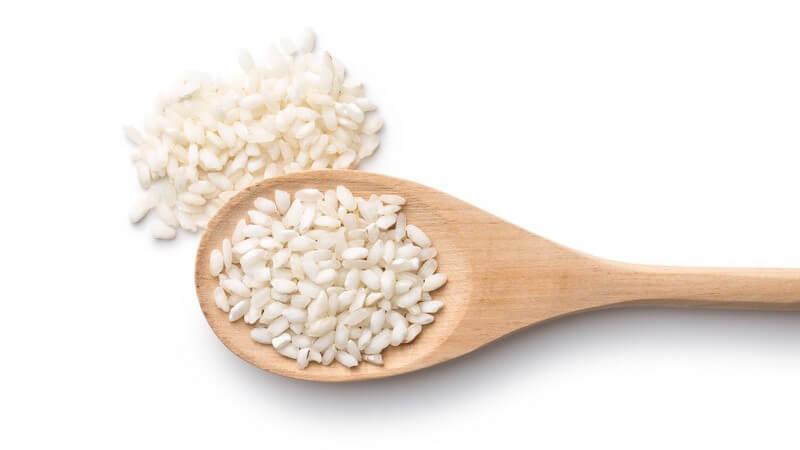 Arborio-Reis bleibt auch nach dem Kochen bissfest; man nutzt ihn z.B. für die Paella