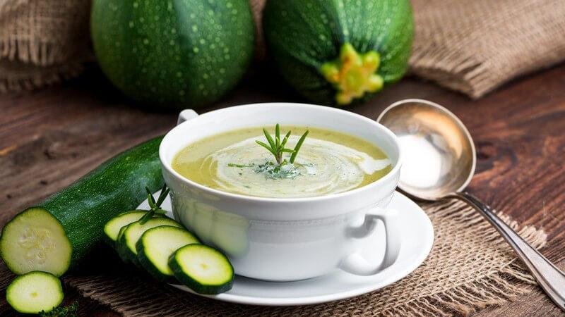 Aus diesen Sorten lässt sich z.B. eine Suppe zubereiten; auch die Kerne lassen sich verwenden