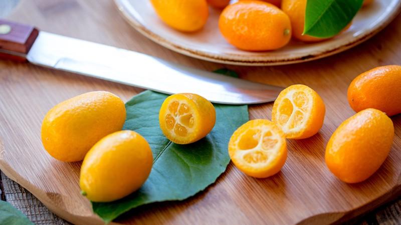 Diese Frucht ist eine absolute Vitaminbombe mit einem doppelt so hohen Vitamin C-Gehalt wie die Orange