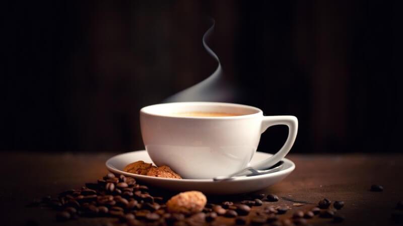 Die süße Kondensmilch wird vorallem zum Kaffee verfeinern verwendet