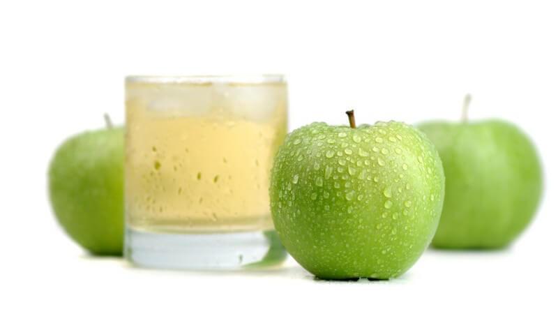 Im naturtrüben Apfelsaft bleiben viele Vitamine und Nährstoffe erhalten