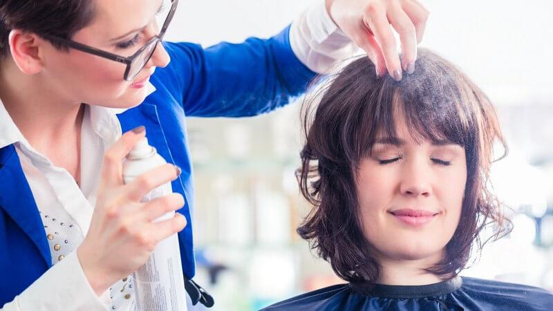 Tipps zum Frisieren der Außenwelle in halblangem Haar