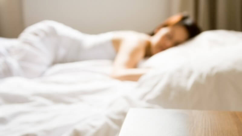 Die Entstehung einer Narkolepsie und wie man die Schlafkrankheit erkennen und behandeln kann
