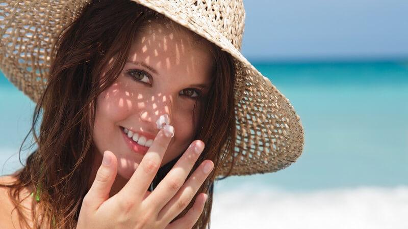 Die Entstehung einer Sonnenallergie und wie man die photoallergische Dermatitis erkennen und behandeln kann
