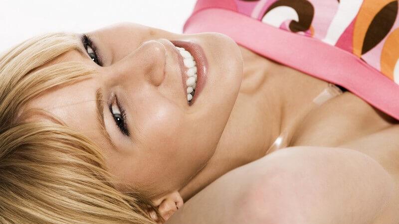 Tipps zur Kombination von Haarfarbe und Kleidungsfarbe und Tipps zu aktuellen Haarfarbentrends