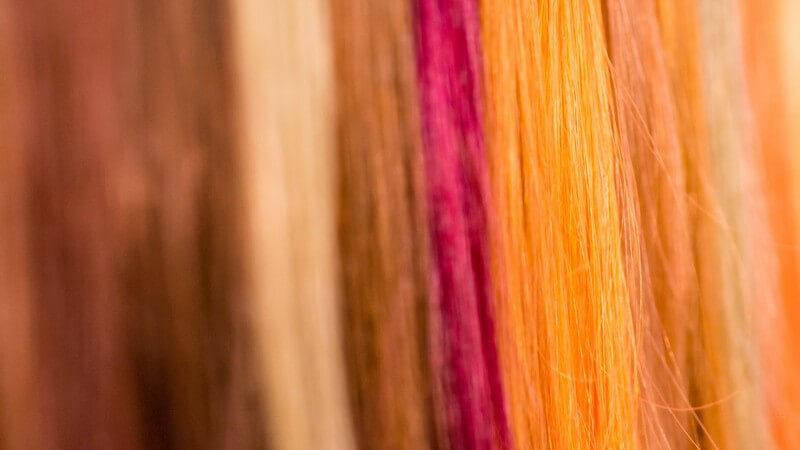 Welche Strähnchenfarbe bei welcher Ausgangshaarfarbe gewählt werden und welche eher vermieden werden sollte, sowie was bezüglich Strähnchen bei Männern zu beachten ist