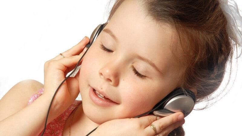 Vor- und Nachteile von Hörspielen - wie muss ein Hörspiel sein, um als wertvoll für Kinderohren zu gelten?