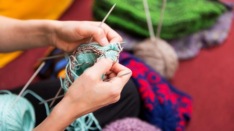 Tipps zum Stricken einer Wolldecke
