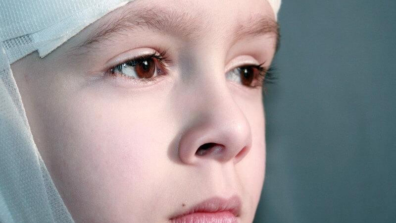 Die Entstehung einer Gehirnerschütterung und wie man sie erkennen und behandeln kann