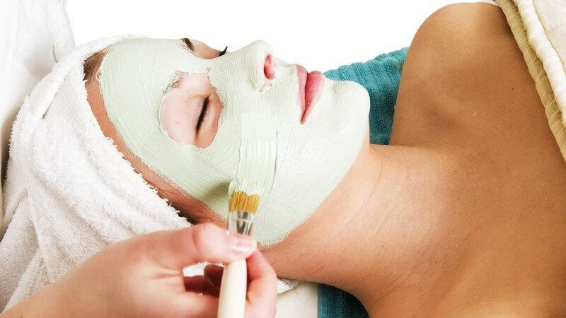 Vorbereitung, Ablauf und richtige Hautpflege nach einem chemischen Peeling
