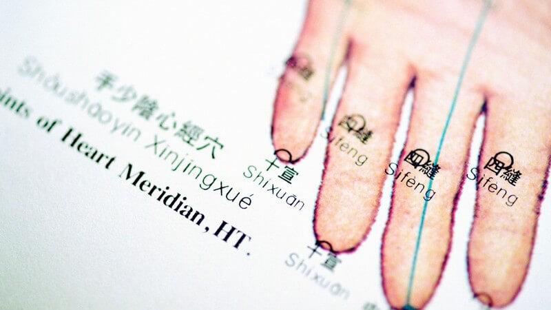 Die Akupunktmassage nach Penzel als alternativmedizinische Behandlung
