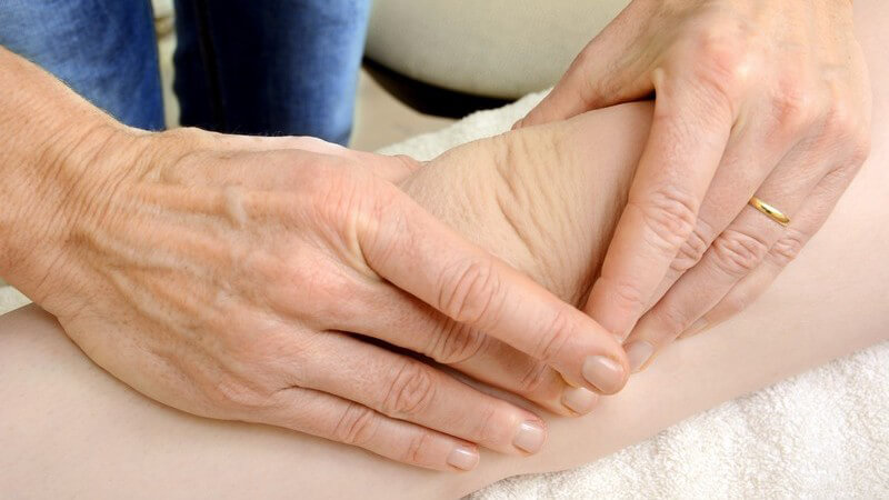 Die Entstehung von Gelenkschmerzen und wie man sie behandeln und lindern kann