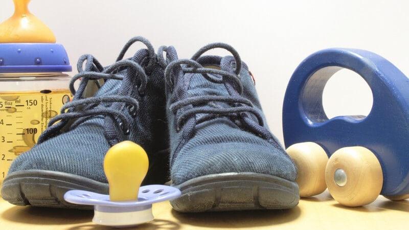 Die Vielfalt der Kinderschuhe - von Babys ersten Schuhen bishin zu trendigen Rollsneakers