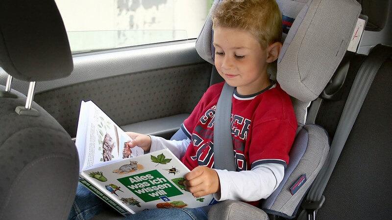 Wir geben Infos, Kauftipps und Hinweise zur Montage von Kindersitzen für das Auto und das Fahrrad