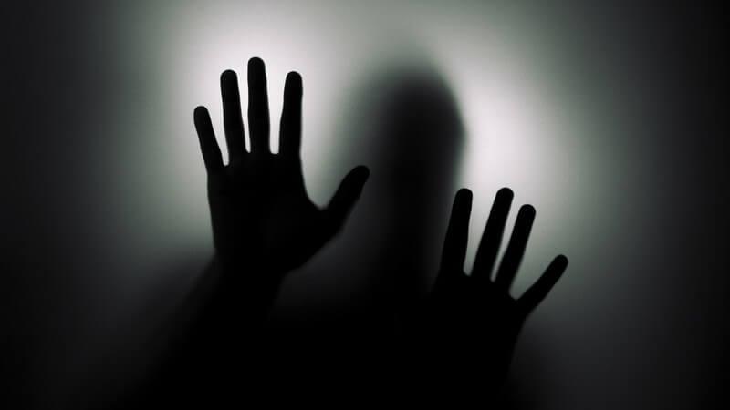 Die Entstehung von Halluzinationen und wie man sie behandeln und lindern kann