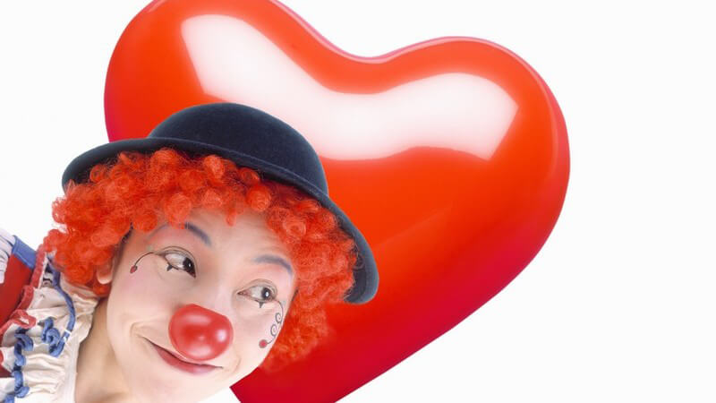 Die Arbeit als Clown sieht amüsant und leicht aus; dabei steckt hartes Training dahinter - worauf kommt es genau an?
