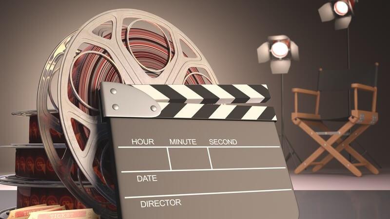 Bei einer Verabredung im Kino spielt die Unterhaltung zwischen dem Paar zwar nicht die Hauptrolle, doch gerade deswegen sollte man auch einige andere Punkte beachten