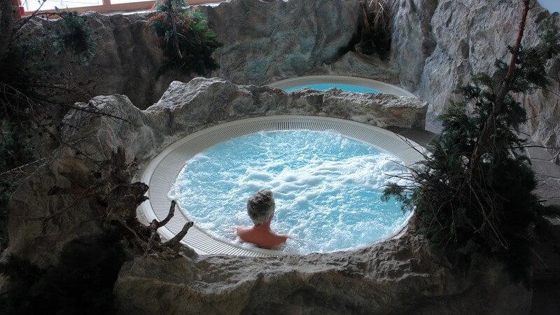 Wann ein Thermalbad angewendet wird, der Ablauf in einem Thermalbad und dessen geschichtsträchtige Entwicklung