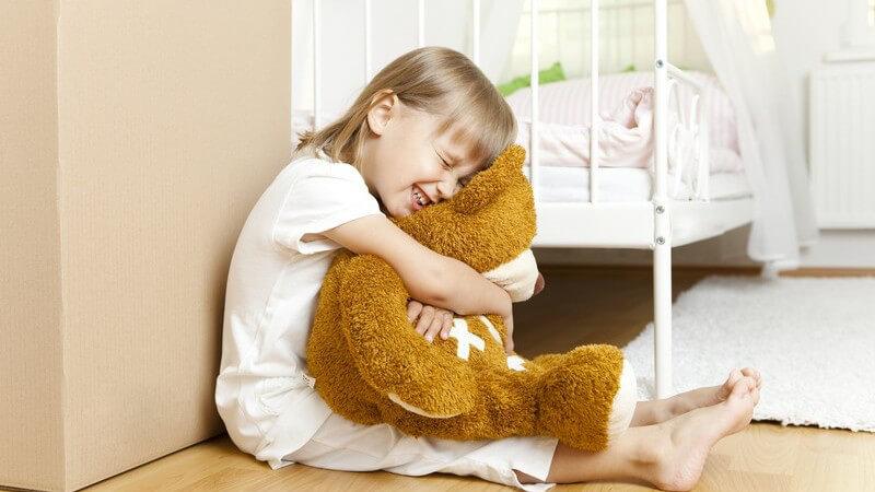 Die Entstehung des Schlafwandelns und wie man als Außenstehender richtig reagiert