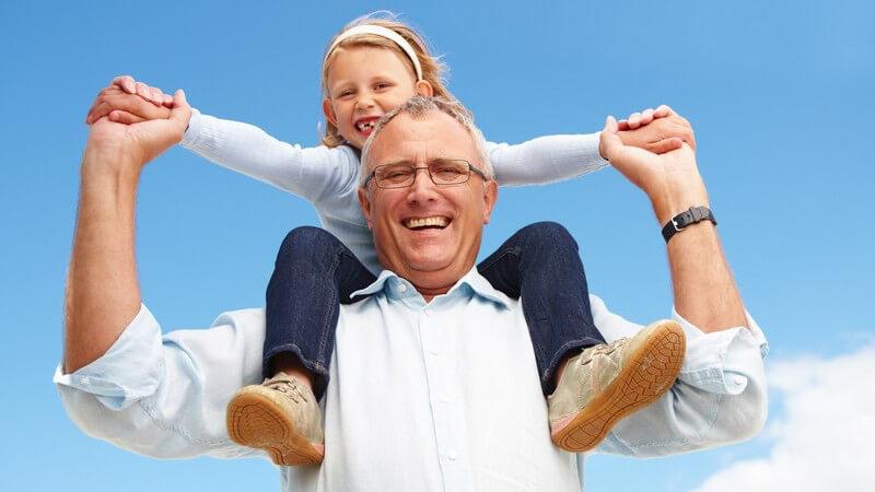 Gute Voraussetzungen für ein inniges Verhältnis schaffen und Startschwierigkeiten meistern - Die Vorgeschichte der Kinder akzeptieren und einen neuen Lebensabschnitt beginnen