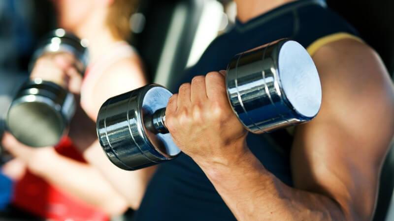Von allen menschlichen Körperteilen verfügt der Arm über die größte Bewegungsfreiheit - zu den typischen Verletzungen zählt der Armbruch