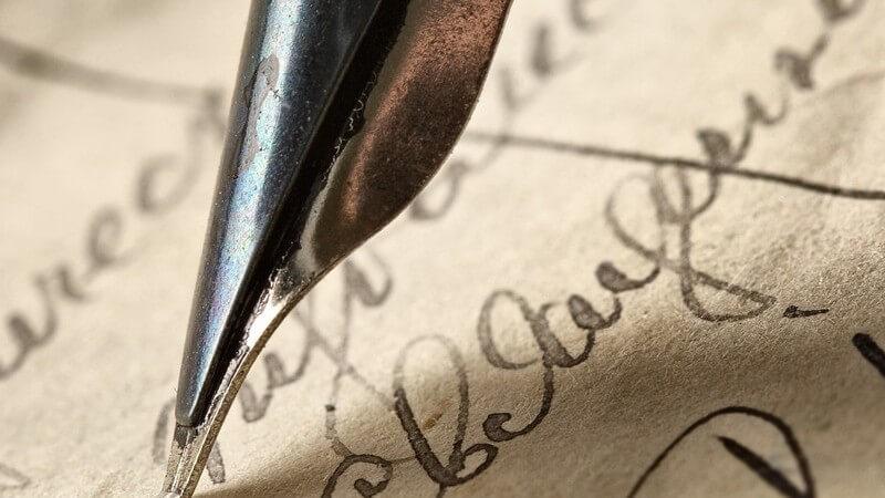 Durch den Einsatz von klarem Wasser und einem Mikrofasertuch bleibt Ihnen Ihr Füller lange Zeit erhalten