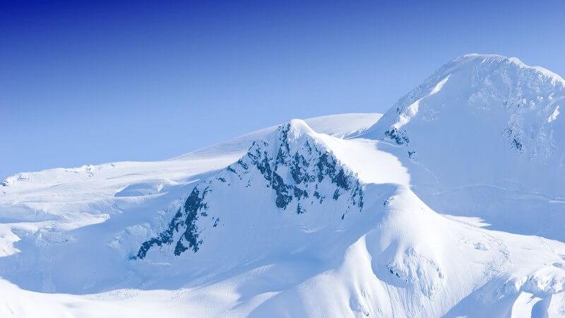Wanderungen auf dem Gletscher - Mögliche Gefahren, Ausrüstung und Co