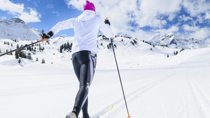 Vorzüge des Nordic-Cruisings und Unterschiede zum Skilanglauf